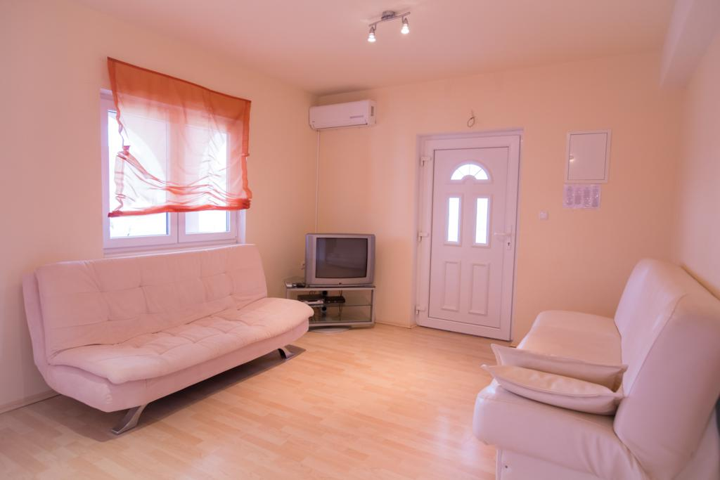 Apartments in Lopar on the island of Rab. Apartments for your summer ...